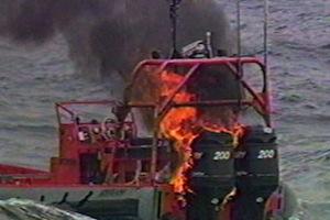US Navy: Laser schießt Schiff in Brand