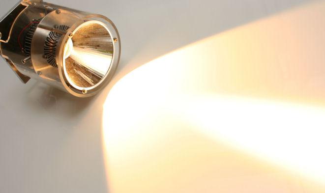 Lichtstärke-Rekord bei LED-Spotlights