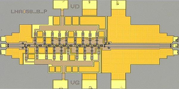 Integrierter Verstärker für 850 GHz