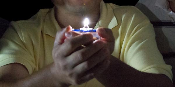 Neuer LED-Leuchtstoff erzeugt direkt warmweißes Licht