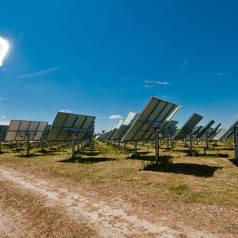 Die Technologie, um Sonnenwärme chemisch zu steichern, wird am Forschungszentrium Jülich getestet. (Foto:DLR)