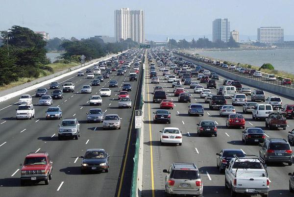 Verkehr auf der Interstate 80 bei Berkeley in Kalifornien